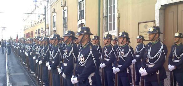 Militares da GNR da USHE vivem em condições precárias na base da Calçada da Ajuda.