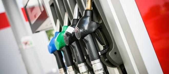 Combustíveis: afinal pagamos mais ou menos sem a variação do imposto?