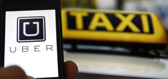 Tassisti contro Uber: proteste e scontri a Milano e Roma.