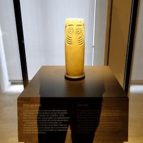 El misterioso ídolo oculado de Extremadura, en su vitrina del MAN