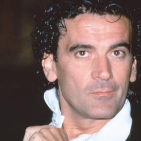 Jo Champa: l'amore per Massimo Troisi - wordpress.com