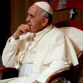 Papa Francisco revoltou as vítimas de abuso sexual com sua decisão.