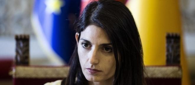 M5S, Roma: paura per un improvviso malore di Virginia Raggi