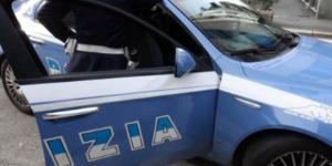 Bologna, 21enne arrestata dopo che voleva costringere un coetaneo ad un rapporto