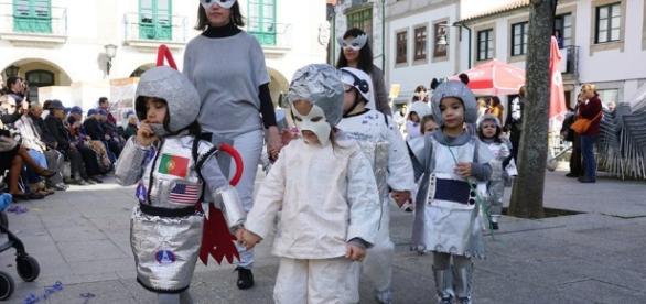 """Desfile de Carnaval """"Fantasia Ambiente 2017"""" - foto Município de Esposende"""