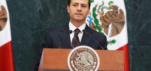 Trump's Showdown With Mexican Leader Escalates Tension Over Wall - yahoo.com