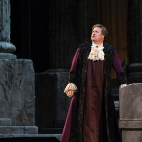 Idomeneo (Matthew Polenzani) struggles over a holy oath requiring he slay his son. Photo: Marty Sohl/Metropolitan Opera, used with permission.