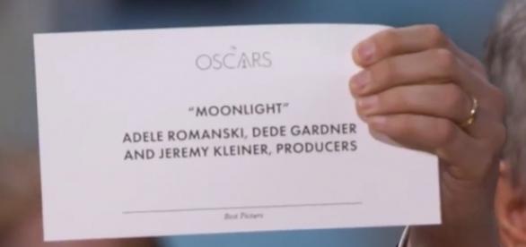 Giallo agli Oscar: errore nella consegna del premio come Miglior Film.