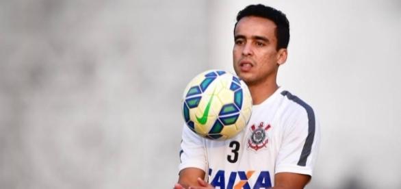 Jadson é relacionado e pode fazer reestreia pelo Corinthians, nesta quarta-feira - gazetaesportiva.com