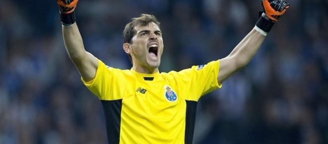 O mundo nas mãos de Iker Casillas!
