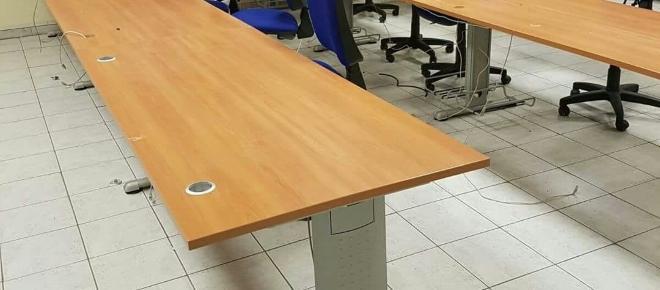 Ladri derubano tutto il materiale elettronico di una scuola di Salerno
