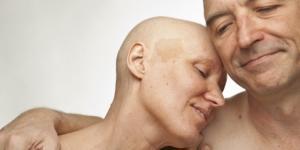 O apoio dos entes queridos é fundamental na luta contra o cancro.