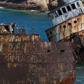 Schiffswrack vor Griechenland. (Fotoverantw./URG Suisse: Blasting.News)
