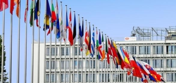 EU flags WerberFaberik, pixabay.com CC0
