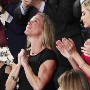Tearful widow of Navy SEAL brings Congress to its feet - com.au