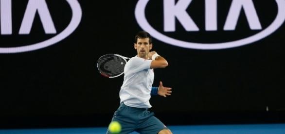 Djokovic accede al secondo turno del torneo di Acapulco dove affronterà il campione argentino Del Potro