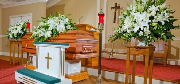 Indiana parents mourn the loss of their sons - pondersfuneralhome.com