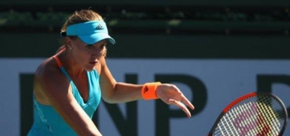 Mladenovic puts Woazniacki to the sword to book semi-final berth in Indian Wells Picture courtesy of - twitter.com