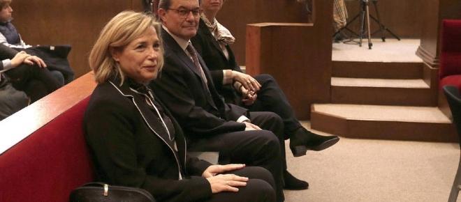 Artur Mas, inhabilitado durante dos años en Cataluña
