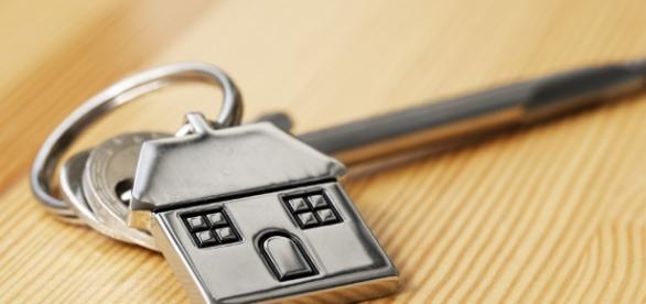 Comprare la prima casa all'asta: le agevolazioni - visureitalia.com
