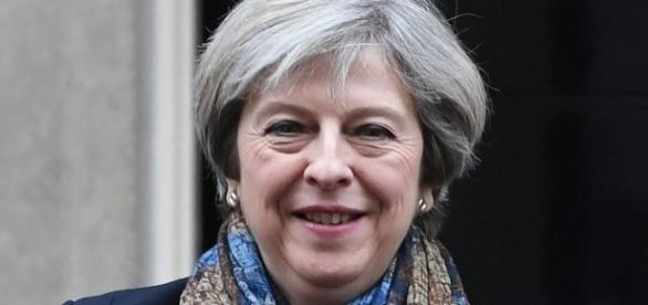 Theresa May to return to China for summit in bid to boost trade ... - mirror.co.uk