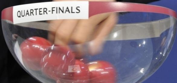 As oito equipas presentes no sorteio vão ficar a conhecer os seus adversários nesta edição da Europa League.