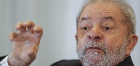 """Lula tenta """"fugir"""" de vídeo do passado que desmente seus atos"""