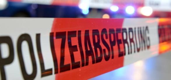 Symbolbild: Polizeiabsperrung ... - nw.de