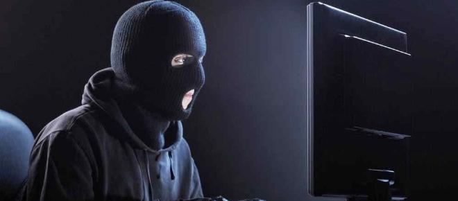 Atenție la escrocii care cumpără online