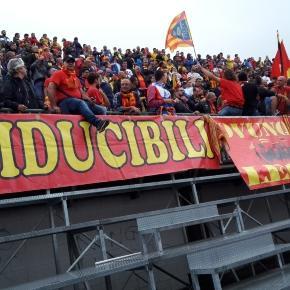 Tanti tifosi del Lecce a Foggia.