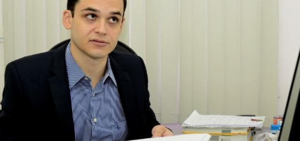 Delegado Lorenzo Pazolini informou que a mulher confessou o crime e os dois filhos mais velhos serão investigados.