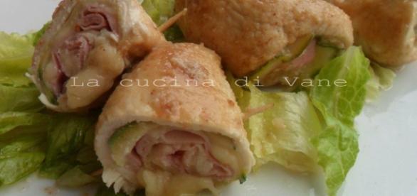 involtini di pollo con cotto e formaggio - pinterest.com