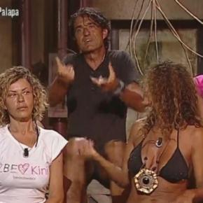 "Isola dei famosi"", i post sibillini di Paola Barale: la showgirl a ... - virgilio.it"