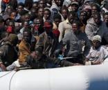 Jak i gdzie zakwaterować 400 tys Afrykańczyków Niemczech? (fot. newsweek.pl)