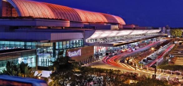 Changi Airport may close one runway temporarily - CNN.com - cnn.com