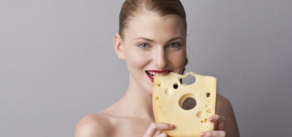 Mangiare formaggio per essere più snelli?