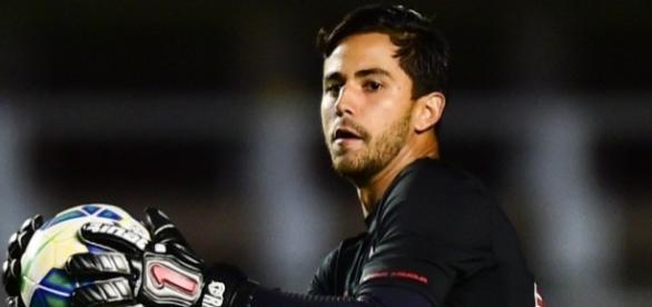 Renan Ribeiro foi titular e correspondeu no gol tricolor