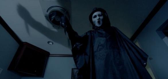 """Revelations"""" · Scream · TV Review Scream: """"Revelations"""" · TV Club ... - avclub.com"""