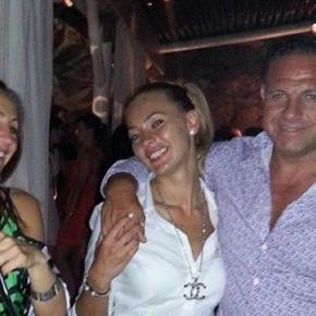 Adrian Hladii împreună cu soția sa