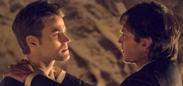 The Vampire Diaries: Damon e Stefan Salvatore no último episódio da série (Foto: CW/Divulgação)