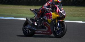 Milo Hyden in sella alla Honda CBR