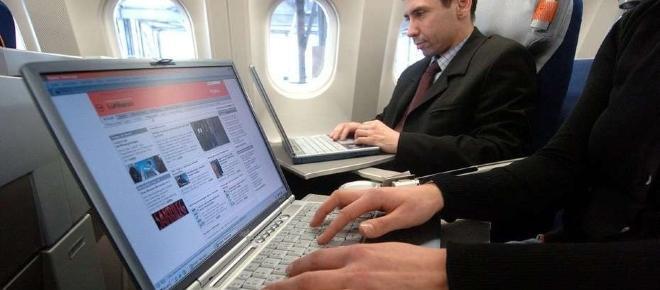 EU prohibe dispositivos electrónicos en vuelos de Medio Oriente