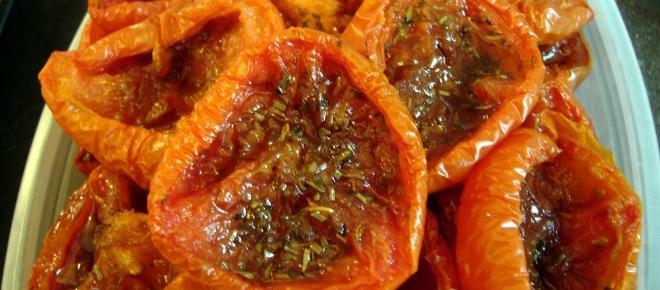 Como fazer tomates seco caseiro