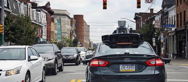 Google anuncia o lançamento do primeiro carro 100% autônomo do mundo