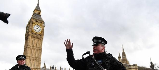 Ataque terrorista em Londres faz quatro mortes