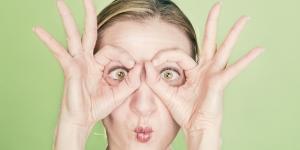 Remèdes naturels pour éliminer les poches et les cernes sous les yeux