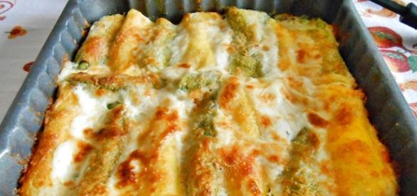 Cannelloni ai quattro formaggi ricetta - giallozafferano.it