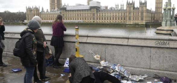 PM Modi condemns London 'terror attack', says India stands with UK ... - hindustantimes.com