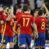 Los jugadores de La Roja celebran la victoria ante Israel. Foto: EFE