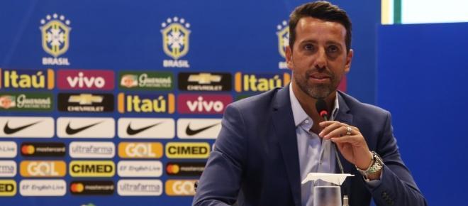 Comitiva do Brasil viaja para Rússia com Seleção classificada